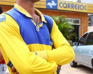 30/09/2011. Crédito:Gilson Teixeira /OIMP/D.A Press. Brasil. São Luís - MA.Greve dos Correios no MA.